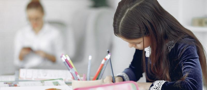 自考本科最适合女生报考的五大专业!